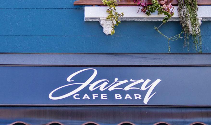 Jazzy Cafe Bar